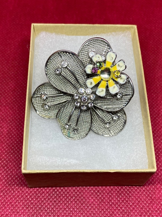 Beautiful Oversized Flower Shaped Statement Ring with Rhinestones, Enamel, and Watchband for One Size Fit