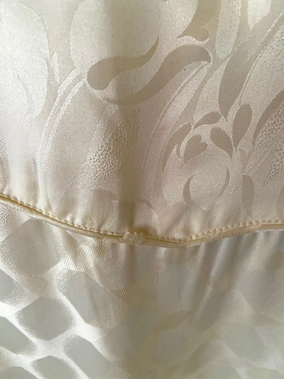 Vintage 1990s Cream Colored Silk Bomber bu FUDA I… - image 7