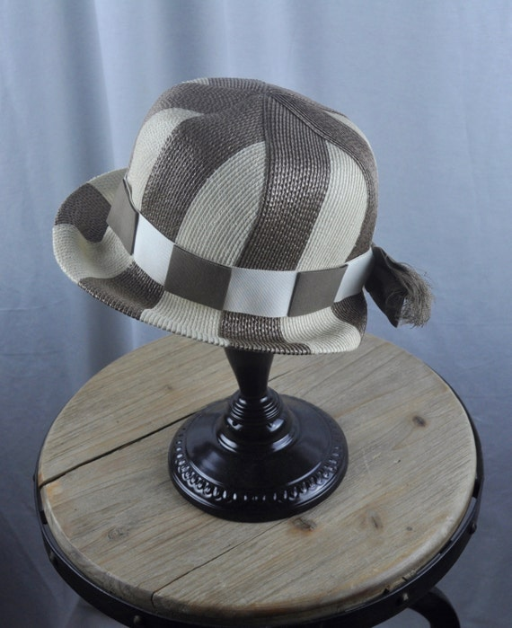 Vintage 1960s Lily Dache Debs Brown and Ivory Mid Century Mod Striped Straw Hat Sz 22