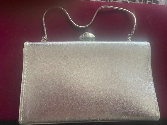 Cute 1960s Silver Toned Vinyl Clutch Purse with Metal Handle and Pearl Clasp