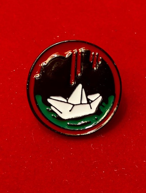 Georgie's Boat Stephen King IT Enamel Pin Badge Brooch