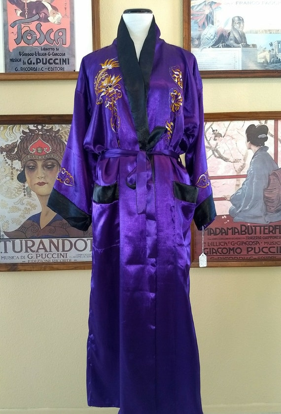 Gorgeous Purple With Gold Dragon Asian Robe,Evening Wrap,Reversible to Black with White Dragon,Belted with Pockets,Size Large.