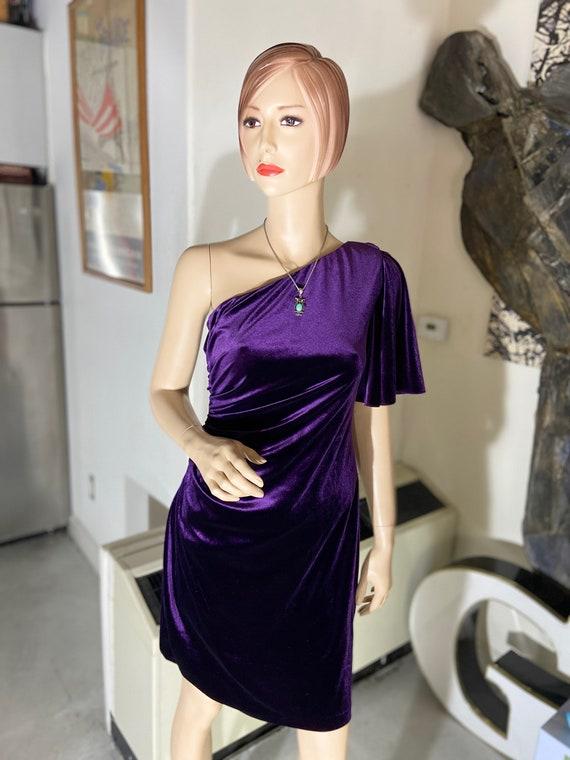 Sexy 1990s One-Shouldered Purple Velvet Calvin Klein BodyCon Dress Size 8