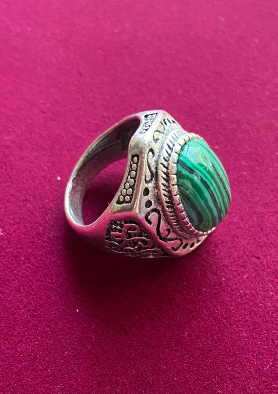 Charming Mens Statement Ring in Green Hues with Silver Toned Band Size 11