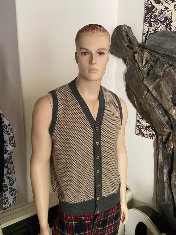 Fabulous Mens Knit Vest Made in Italy For Oh!Rbach's Size Large