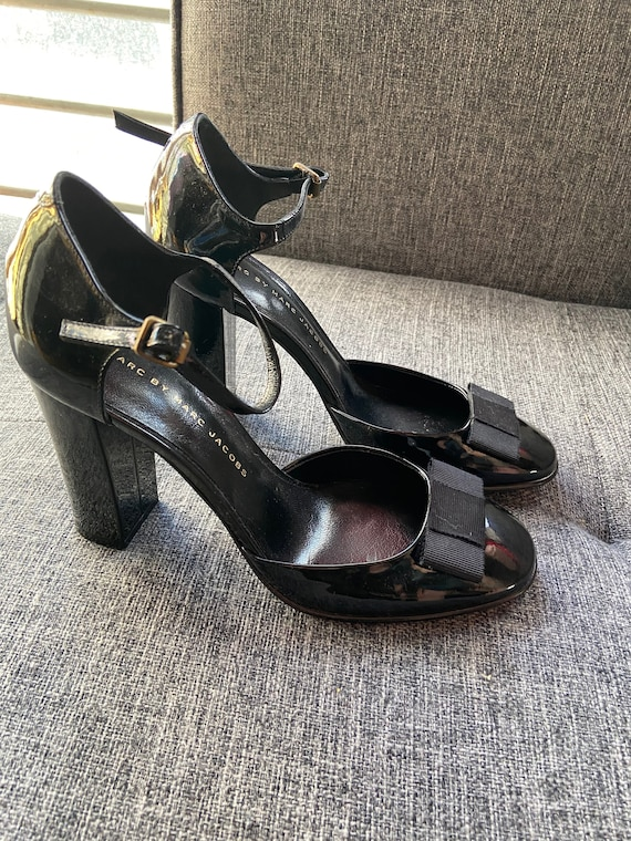 Adorable Marc by Marc Jacobs Black Patent Leather Chunky Heels