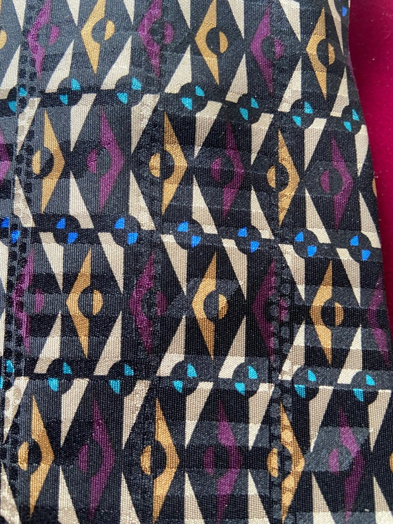 Cream Gold 1990s Purple and Blue Silk Necktie Tie Made in Japan from Format