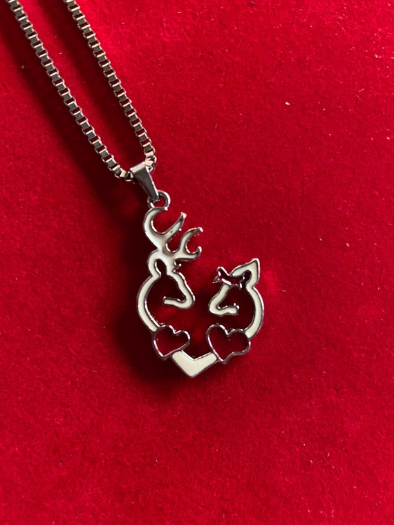 Cute 1970s Deer in Love Pendant Heart Necklace