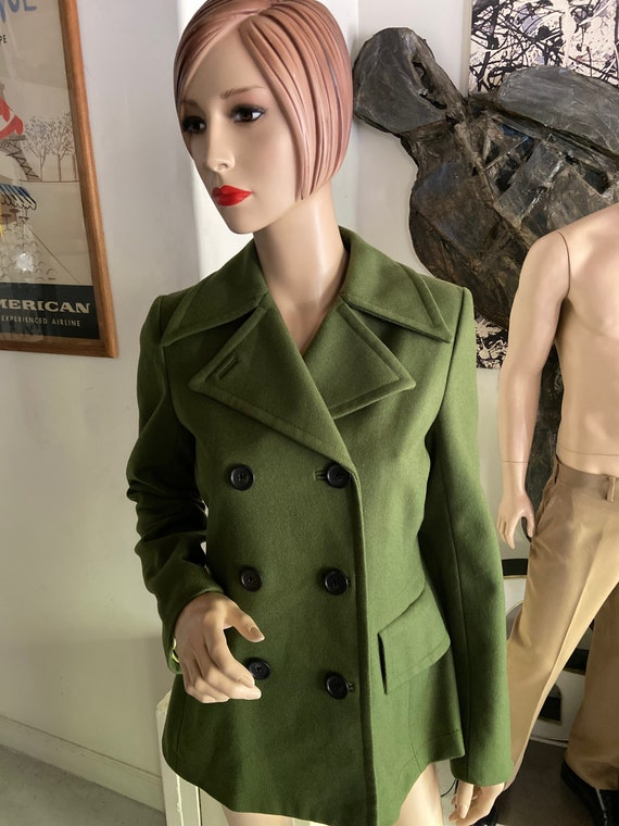 Super Cute Women's Kelly Green Y2K Peacoat from Banana Republic Size Small