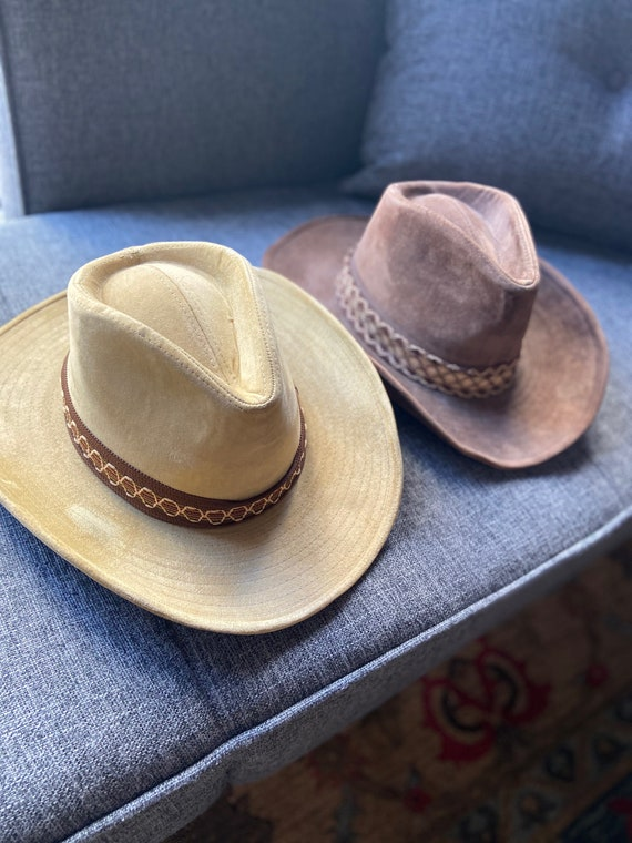 Pair of Boot Hill Suede Tan and Brown Cowboy Hats Lot Size Medium 7 1/8