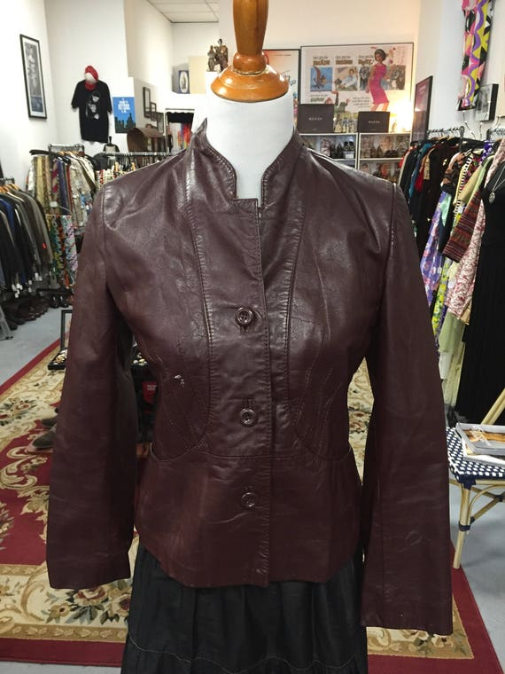 Cool Retro Vintage 1970s Brown Fitted Women's Leather Jacket