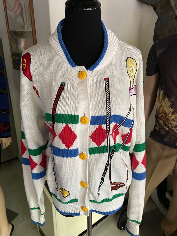 Adorable Golf-Themed 1990s Cardigan with Bright Yellow Buttons from Lizi Ruch Size Medium