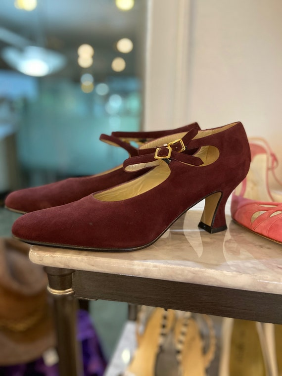 Vintage 1990s Deadstock Charles Jourdan Burgundy Suede Heels NWT Sz 8.5 Made in Italy