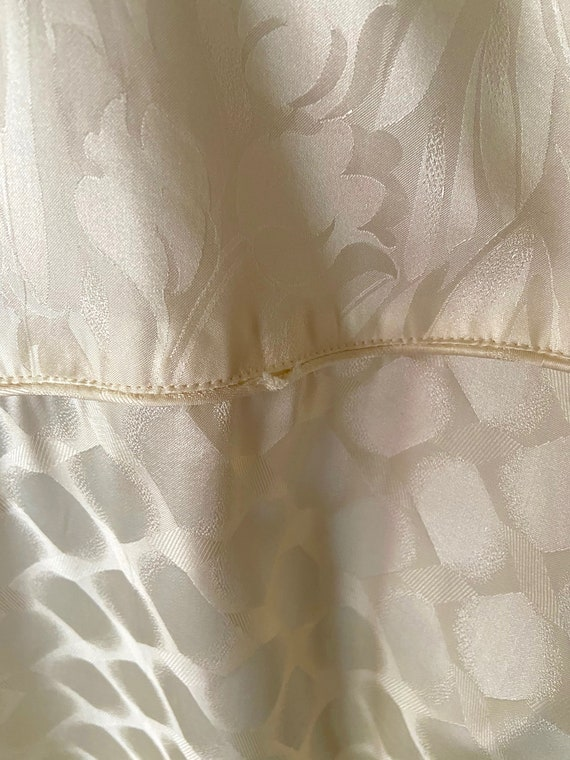 Vintage 1990s Cream Colored Silk Bomber bu FUDA I… - image 8