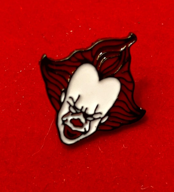 Pennywise Stephen King IT Enamel Pin Badge Brooch