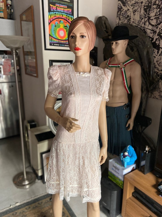 Lovely Gunne Sax Vintage 1980s Lace and Satin Dres