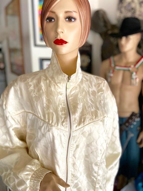 Vintage 1990s Cream Colored Silk Bomber bu FUDA I… - image 2