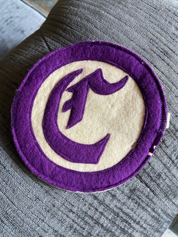 Vintage 1960s Purple and White Letter C for Lettermen Jacket or Sweater w Elastic Band for Sleeve