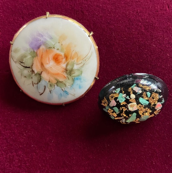 Acrylic Floral Brooch and Lacquered Foil Graffiti Brooch Lot