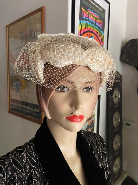 Pair of 1960s Cream Tea Hats Lot with Netting Size Small 7 -7 1/8