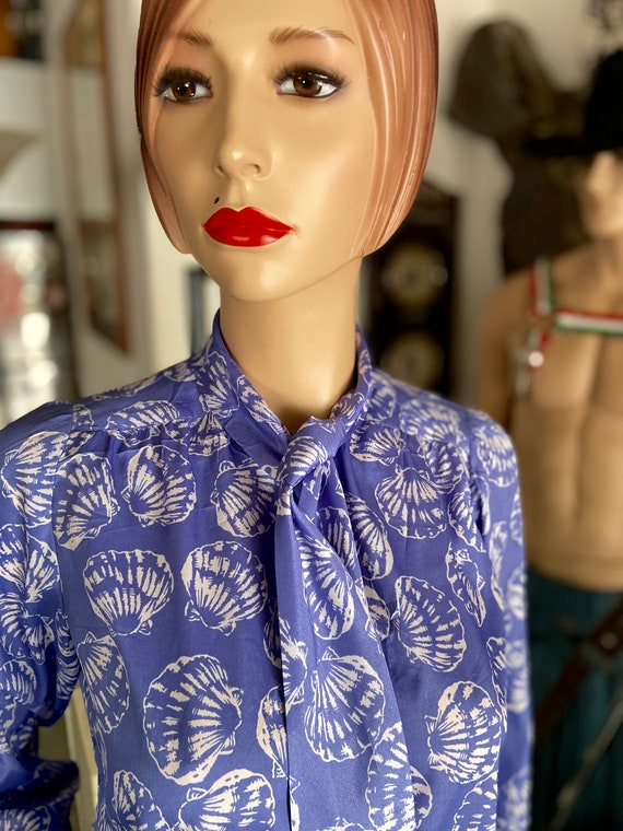 Gorgeous 1970s Givenchy Blouse with Clamshell Motif Made in Hong Kong