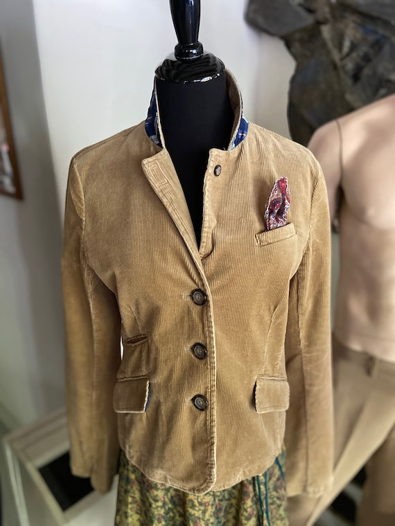 Cute 1990s Women's American Eagle Corduroy Blazer with Pocket Square Size M