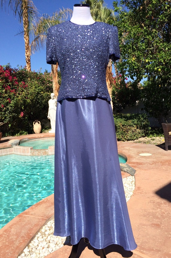 Gorgeous Adrianna Papell  Silk Sequin Top,Rayon Polyester Blend, Maxi Skirt,Size 10,Iced Grape in Color
