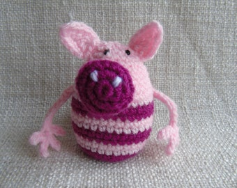 Amigurumi plush crochet pig handmade or key door for young and old Ronchonchon the rebel