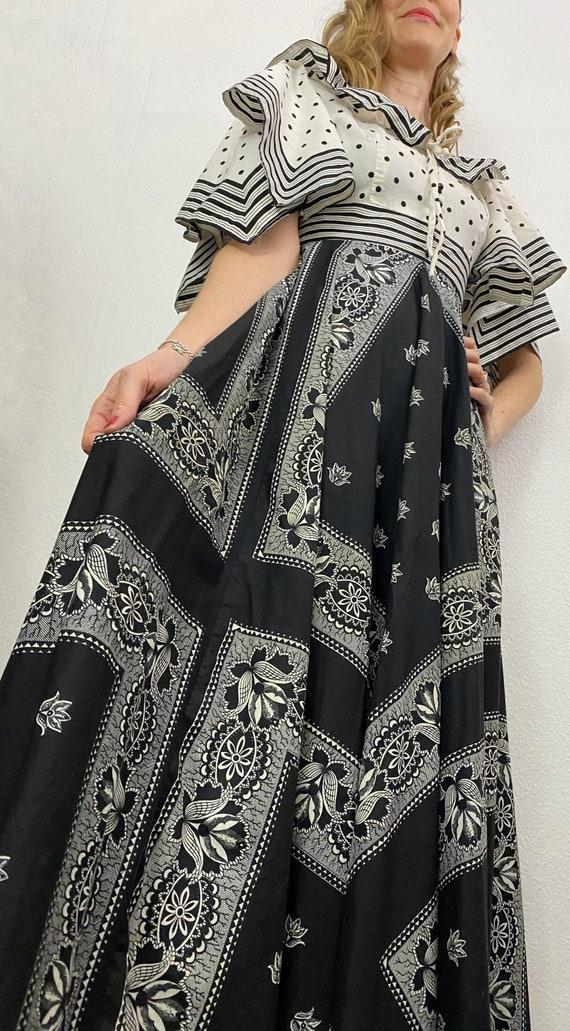 Vintage Dress   1970's Cotton Max Dress by Simon E