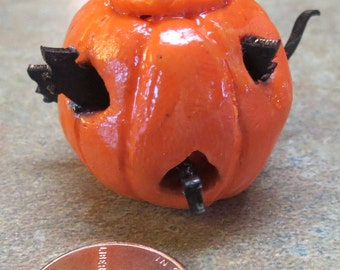 Halloween Dollhouse miniature pumpkin with mice