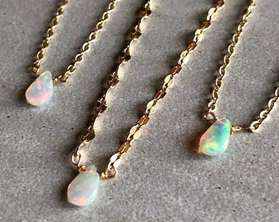 Simple Teardrop Opal Gemstone 14K Gold Necklace