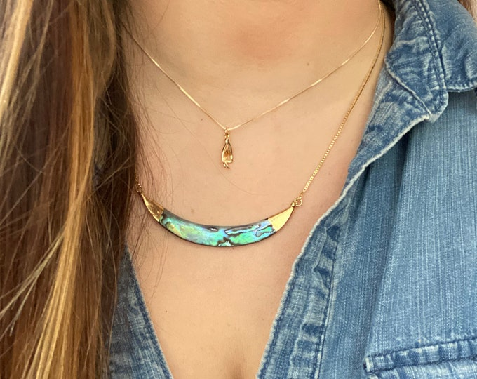 Featured listing image: Adjustable Abalone Shell Gold Lanyard Necklace