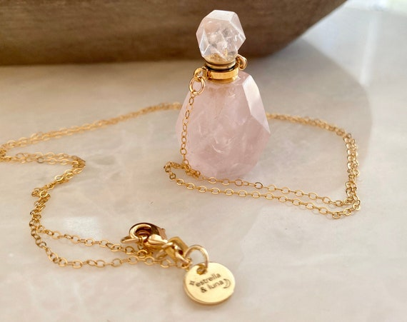 Rose Essential Oil Diffuser Quartz Perfume Bottle Necklace
