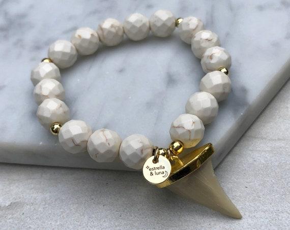 White Howlite Marble Bead Shark Tooth Bracelet