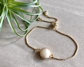 14K Gold Pearl Bracelet Dainty Pearl Bracelet Freshwater Pearl Natural Pearl Bridesmaid Gift Bridesmaid Jewelry June Birthstone Pearl