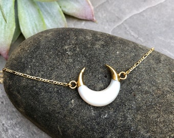 Double Horn Half Moon 14K Gold Carved Shell Necklace