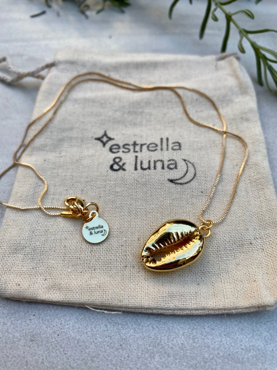 Gold Cowrie Shell Pendant Necklace
