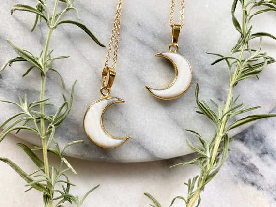 Carved Shell Boho Crescent Moon Necklace