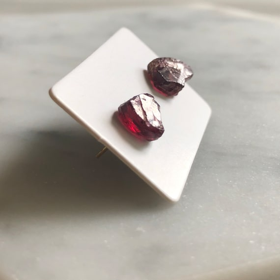 Raw Garnet Genstone Stud Earrings