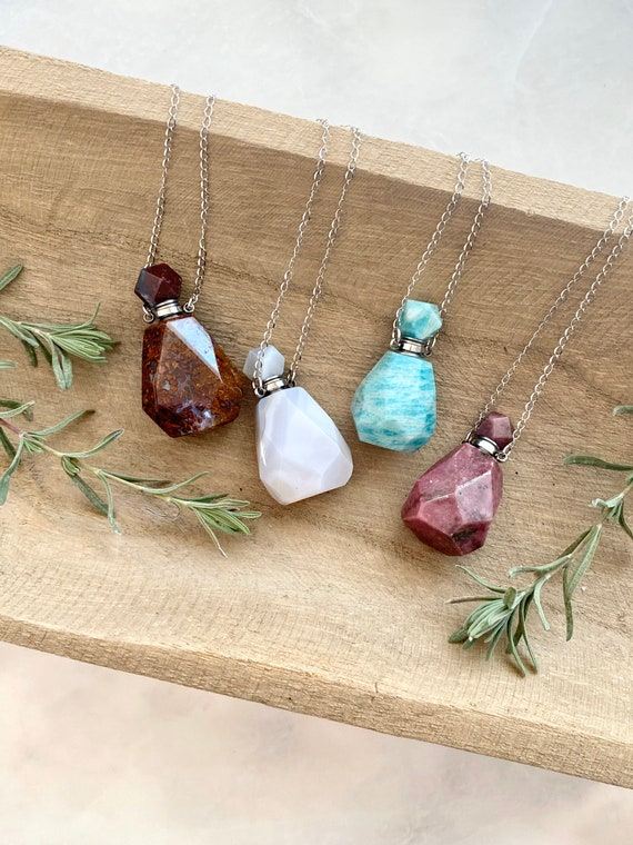 Essential Oil Necklace/ Diffuser Necklace/ Natural stone pendant/ Stone perfume bottle/ Diffuser Jewelry/ Perfume Bottle Necklace