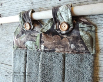 Camo Hanging Towel - Camo Kitchen Towel - Camo Gifts - Kitchen Towel - Camo Kitchen Decor - Gift for Him - Gifts for Husband - Gift for Wife