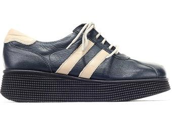 4cec8c4efe6 US women 8.5 Leather Creepers Platform Sneakers 90s Navy Shoes Vintage  Footwear Lace Up Beige Stripe Comfortable Wide Fit Shoes Eur 39 UK 6
