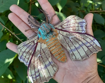 Moks517 Moth Large Patch, Poplar Hawk Realistic Sew on Patch