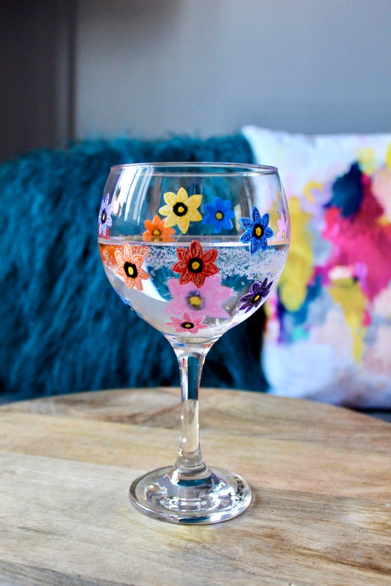 Hand Painted Multicoloured Forget-Me-Not Gin Bulb Glass / For her / Bridesmaid Present /Gift for Gin Lovers / Wedding Gift / Unique Gift