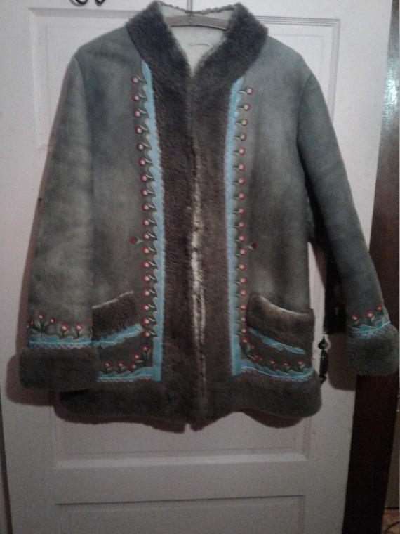 Grey suede sharpa 60's jacket. 1960's vintage grea