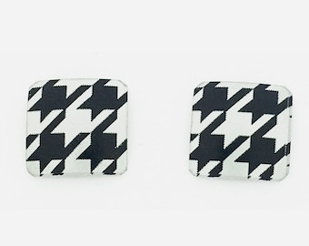 Black & white small square studs earrings, steel posts, hypoallergenic, hand printed on anodized aluminum, won't tarnish, original