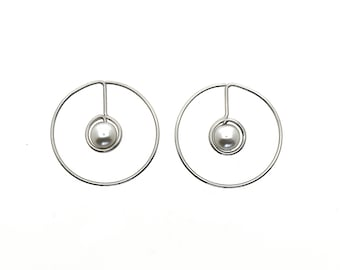 Round hula hoops pearl earrings, light weight
