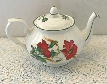 Duchess Poppies Small Teapot