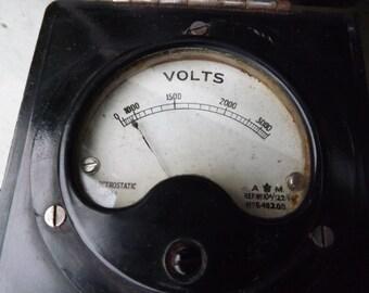 Vintage Bakelite Volt Meter 0-3000