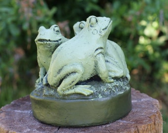 Three Frogs On A Rock, Frog Garden Statue, Cute Frog Concrete Figure,  Painted Cement Garden Decor, Frogs, Toad Statue, Toads, Home Decor
